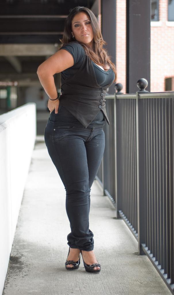 Picture latino mature woman
